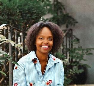 Winnie Bio Pic.jpg