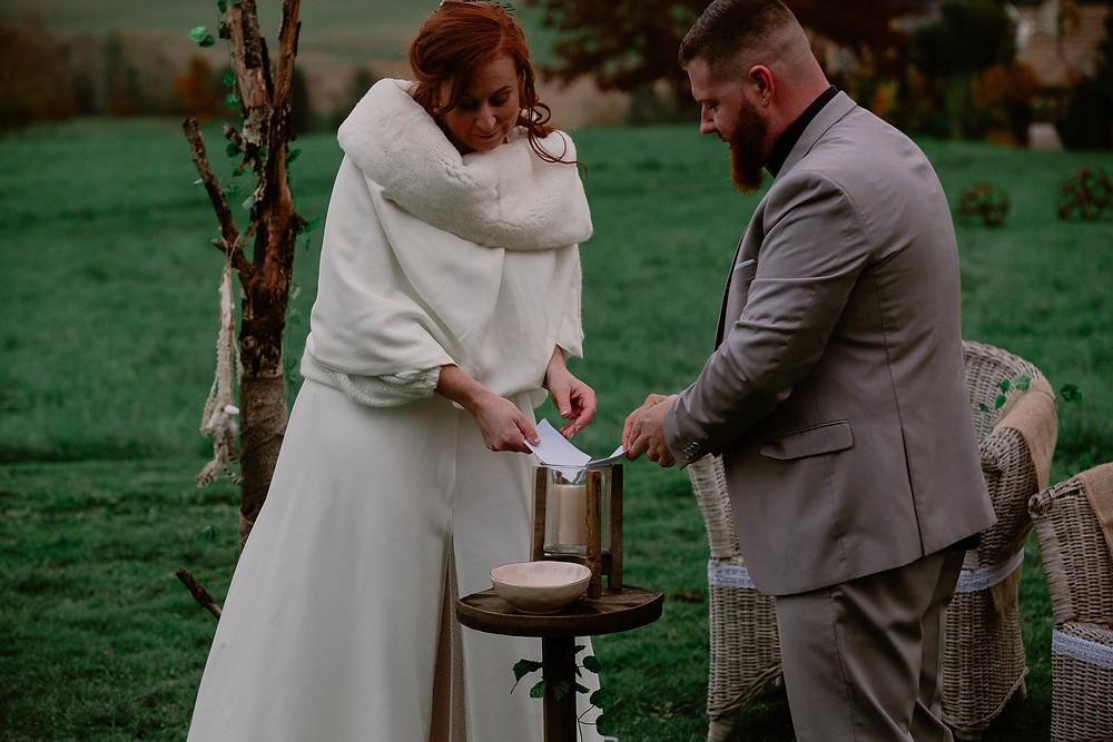 Rituel de la lumière : bruler ses peurs - cérémonie de mariage laic