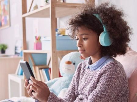 5 dicas para não tornar os filhos reféns das telas.