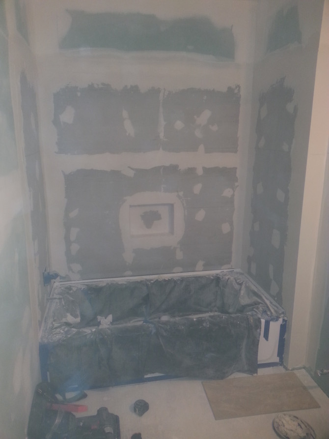 Tiling bath area, prep.