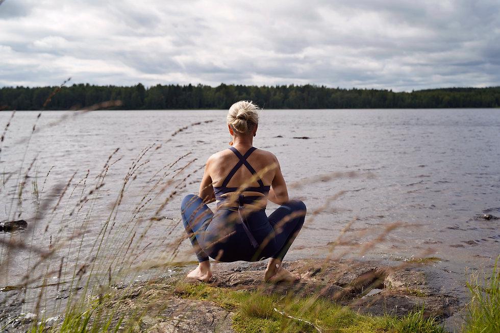 Yoga_back.jpg