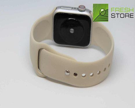 Ремешок силиконовый для Apple Watch цвет бежевый 38/40ММ
