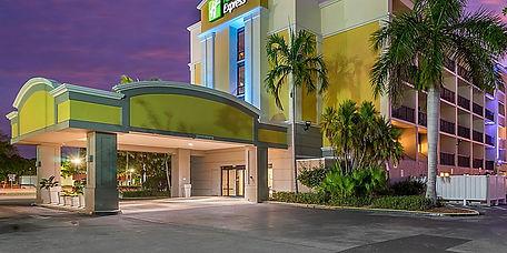 Holiday Inn Express Cape Coral.jpg