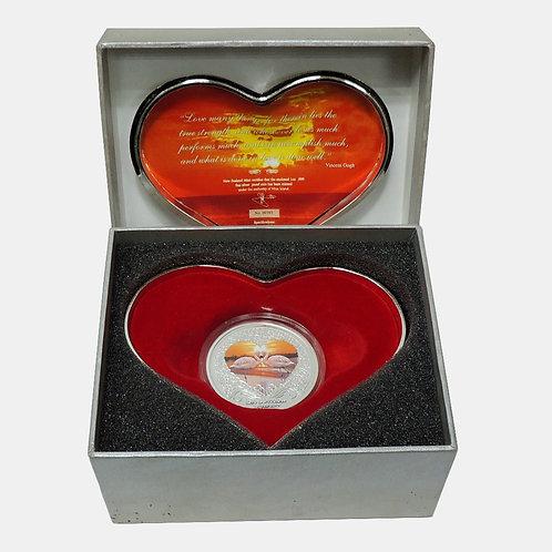 о.Ниуэ 2 доллара 2013 г. Любовь, лебеди и сердца. Цветная эмаль.Серебро