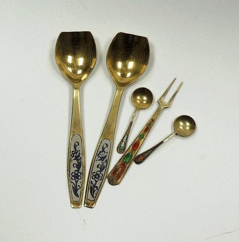 Набор из 5 серебрянных ложек с позолотой