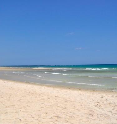 07 Shambani beach.JPG