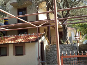 Na izdavanju apartmani u Sutomoru / Apartments for rent in Sutomore (Montenegro)