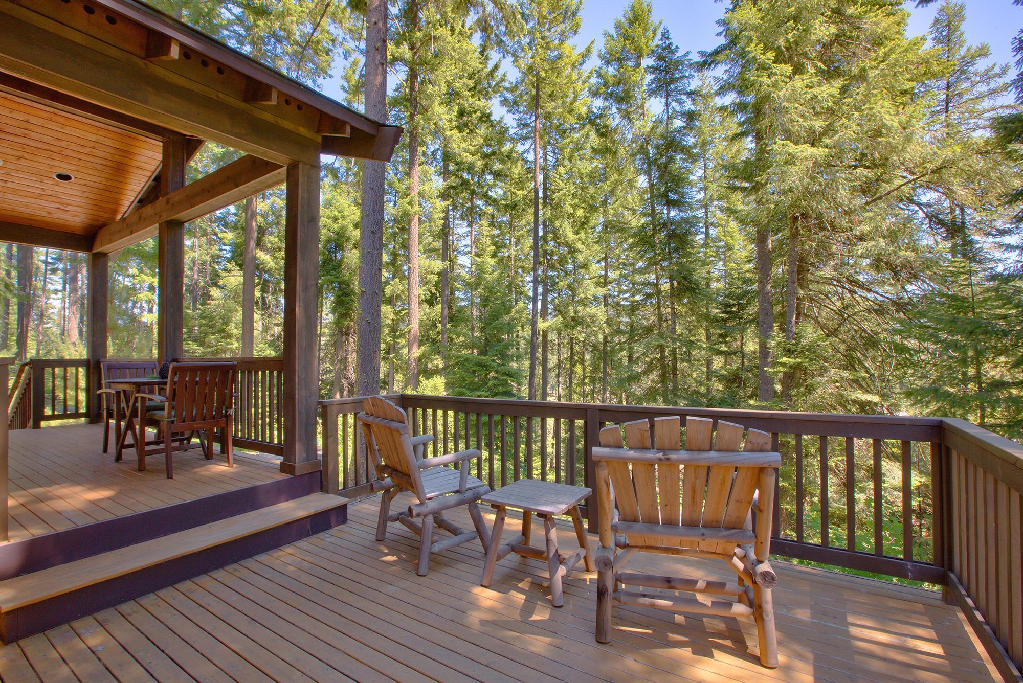 Treetop Deck