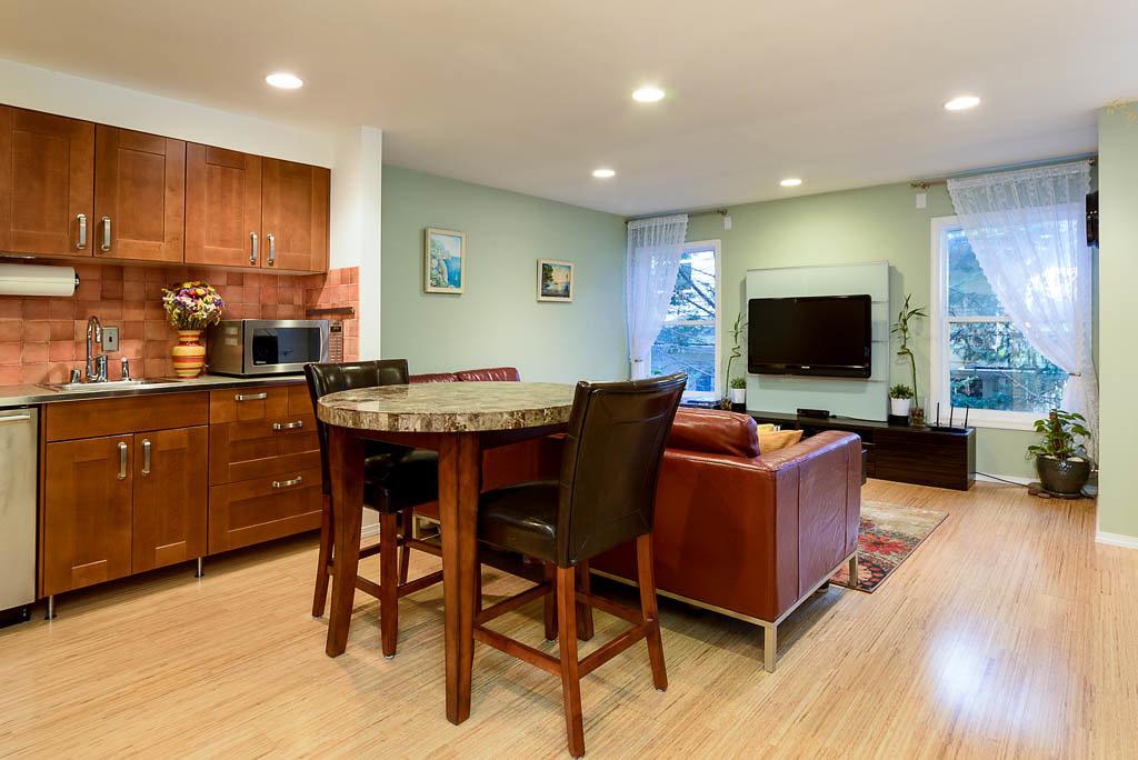 Open Kitchen & Living