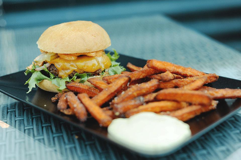 kabacka_burger2.jpg