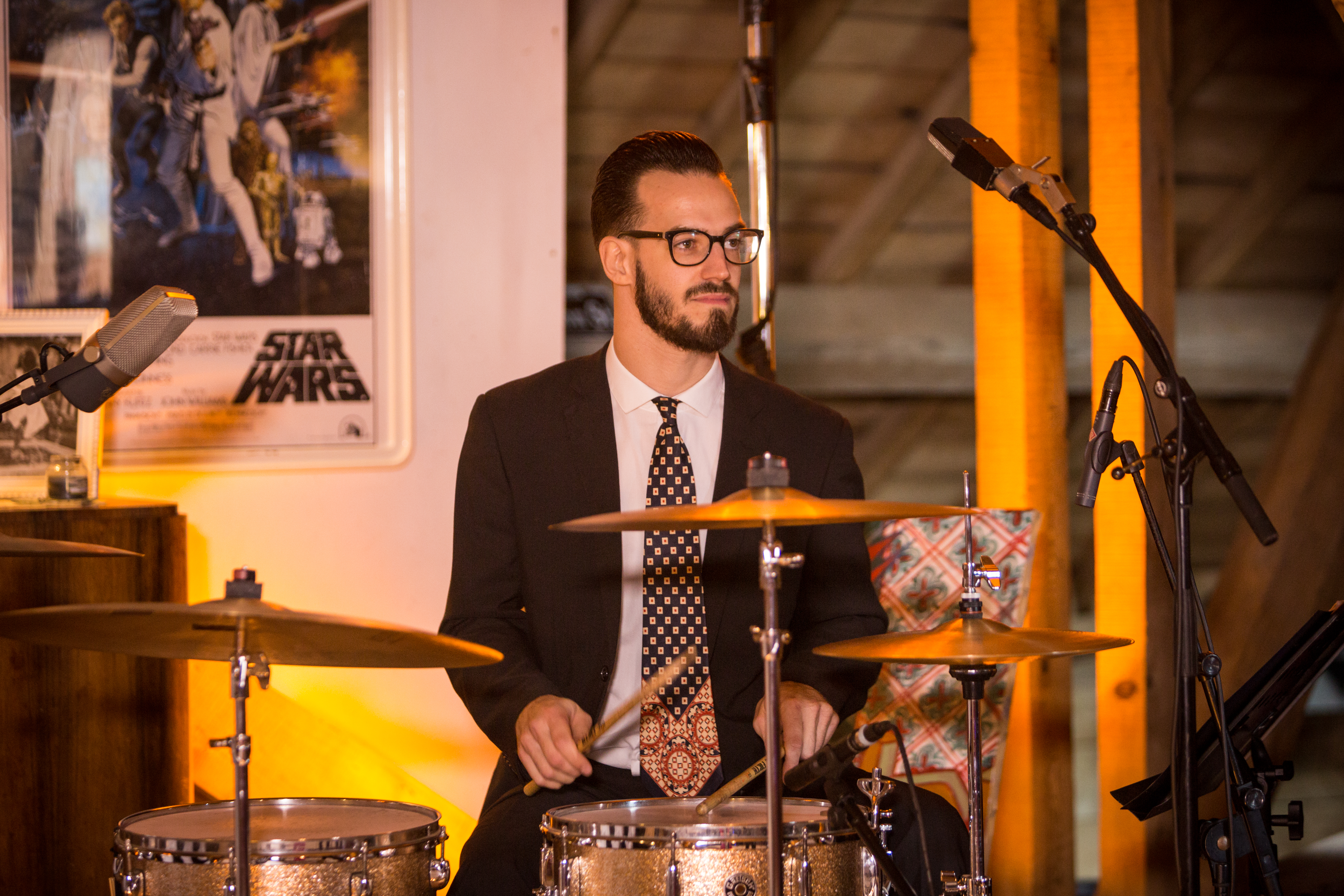Batteur vintage Bee Swing Orchestra