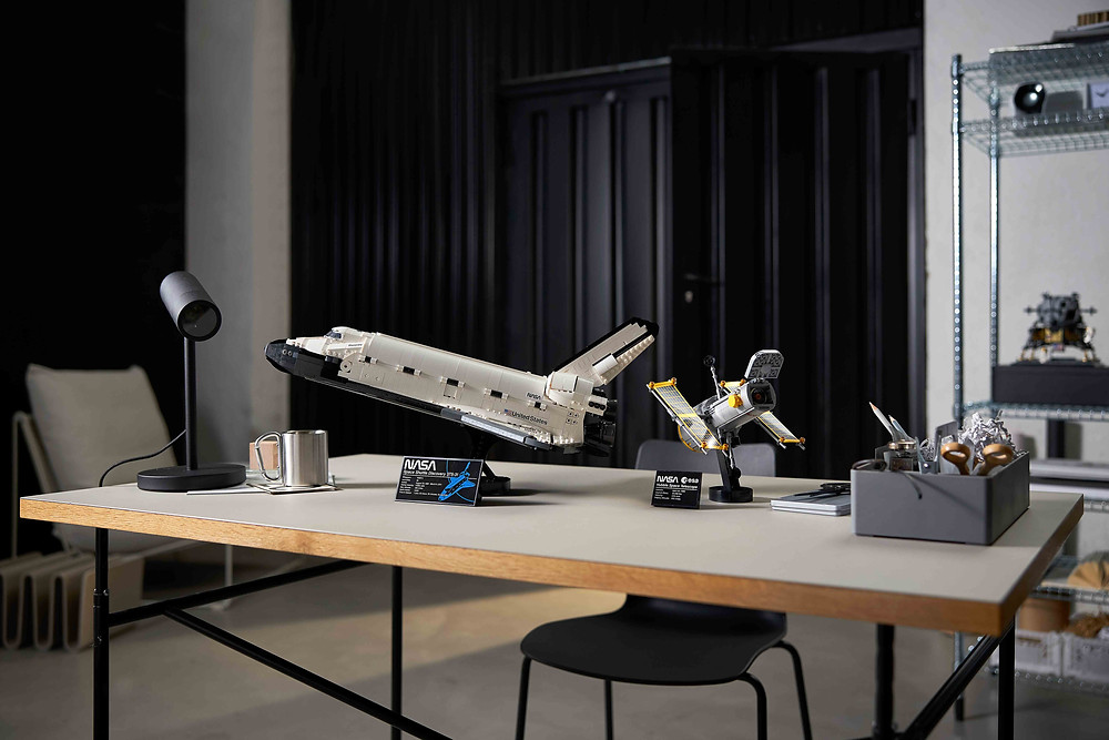 LEGO® 10283 NASA Discovery
