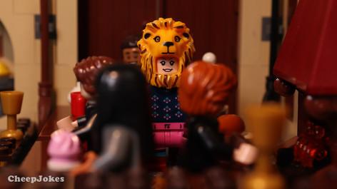 Luna Lovegood - LEGO CMF Harry Potter Series 2