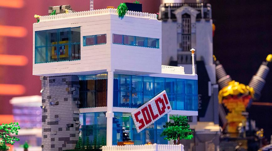 LEGO Masters Australia – Season 2 - Episode 1 – A Whole New World Challenge