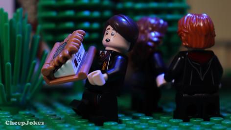 Neville Longbottom - LEGO CMF Harry Potter Series 2