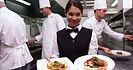 380182604-chef-de-cuisine-vetements-de-c