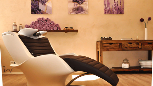 Clinics and Beauty Salons (Click here)