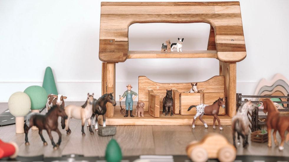 QToys Australia (USA) HORSE STABLE
