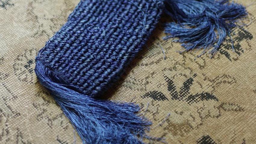 Canggu Fringe Raffia Straw Clutch, in Royal Blue