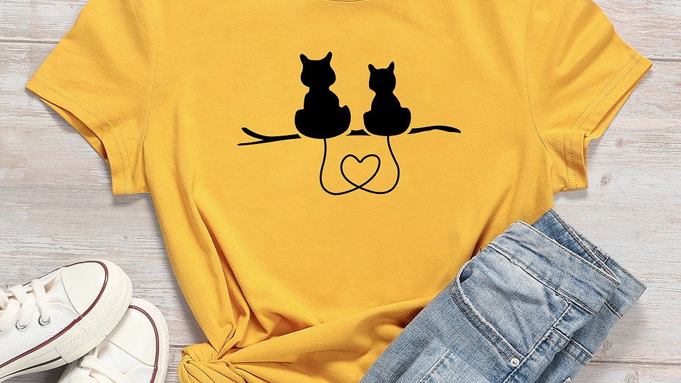 Plus Cartoon Cat & Heart Print Tee