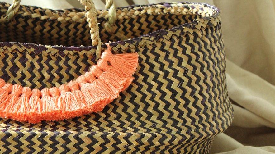 Borneo Extra Wide Zig-zag Belly basket - with