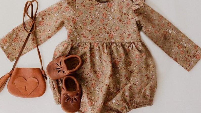 Baby Girl Rompers for 0-24m Long Sleeve Jumpsuit, 100% Organic Cotton .