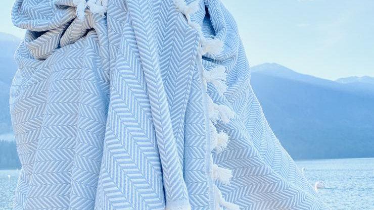 The Herringbone | Light Grey Blanket