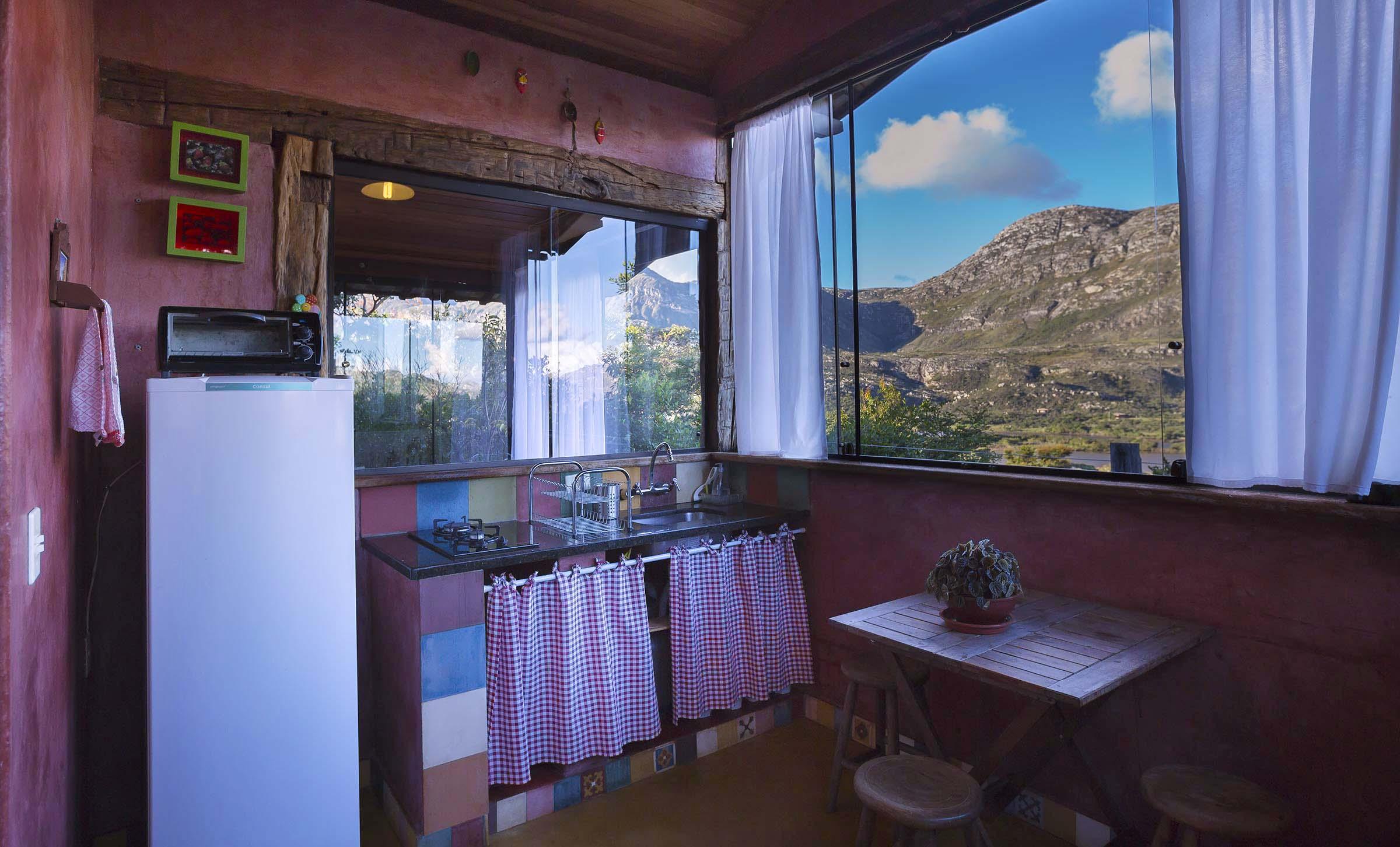 Casa do Teuler - Da Mata Cozinha - Lapinha Da Serra MG - Pousada Hotel Chalés