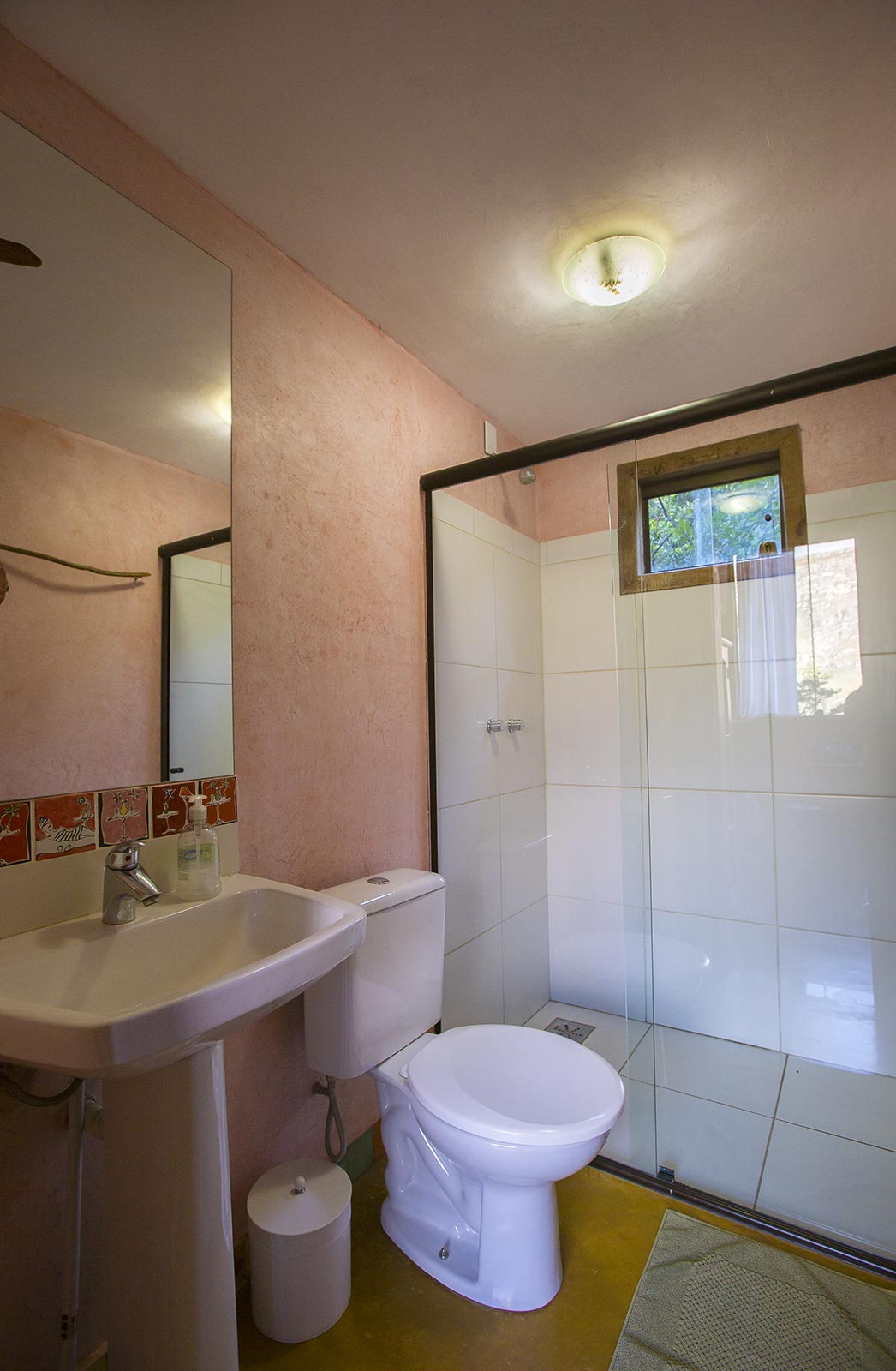 Casa do Teuler - Da Mata Banheiro - Lapinha Da Serra MG - Pousada Hotel ChalésMata banheiro