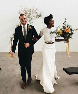 Simply breathtaking tiny wedding