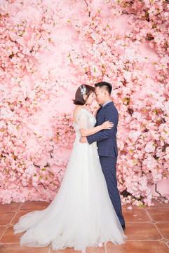 Professional breathtaking tiny wedding photos