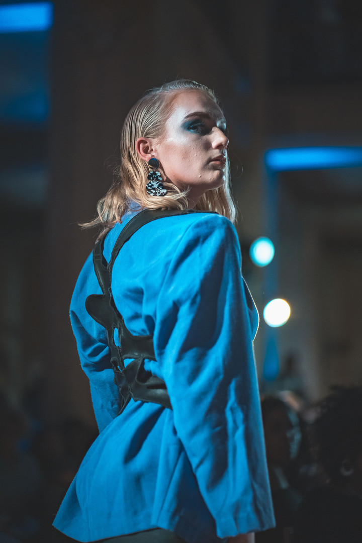 Look 7: The Edgy (Back Detail)