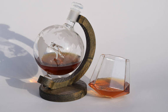 Airplane Whiskey Decanter With Base