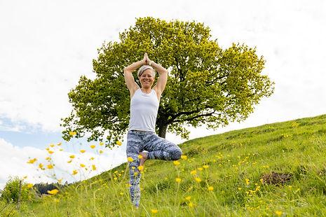 yoga_astrid-0347.jpg