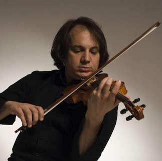 Luca Ciarla, Violino
