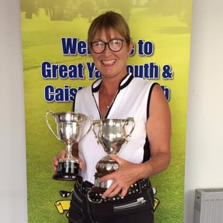 Dawn Futter wins the 2019 Ladies Club Championship