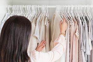 Woman-Choosing-clothes-e1444678176400.jpg