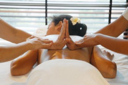 Intensive Massage 4 Hände 120 min.