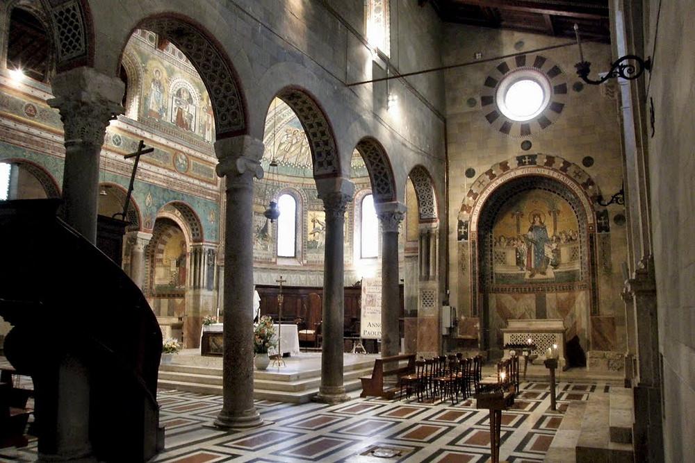 Interiore della cattedrale di Chiusi