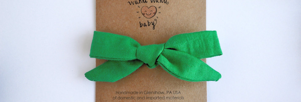 School girl style hair bow in green