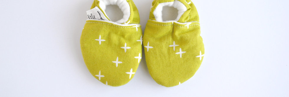 Baby shoes in organic cotton