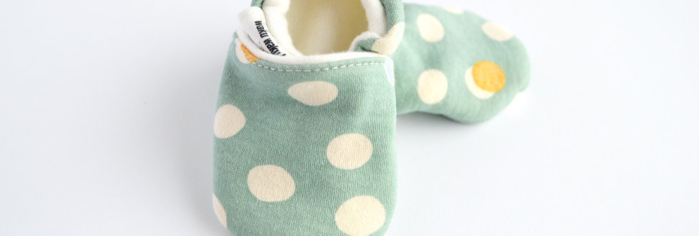 Organic Bamboo Baby Shoes - Mint Dots
