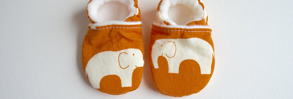 stay-on baby shoes in orange elephant design