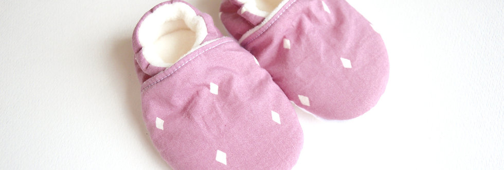 Pink diamonds stay-on baby and toddler shoes