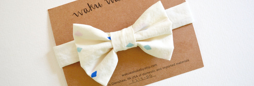 Handmade white bow tie for 5-8 year olds