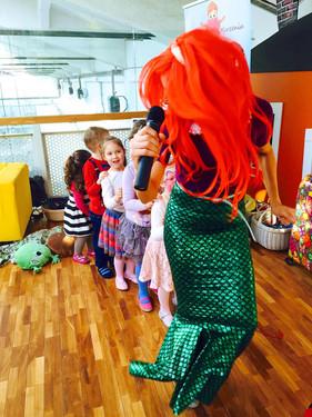 Syrenka Ariel na urodzinkach