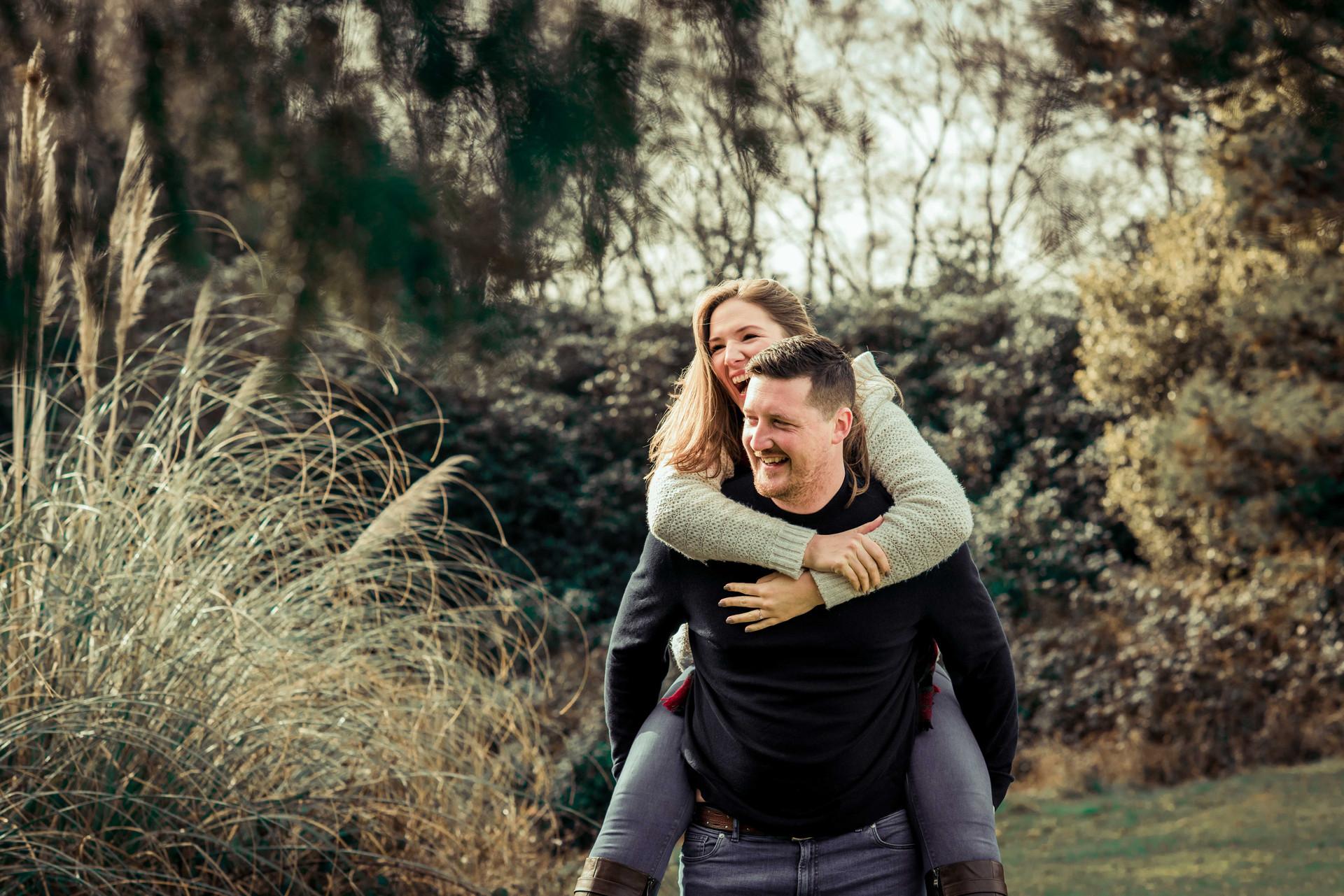 pre wedding engagement shoots