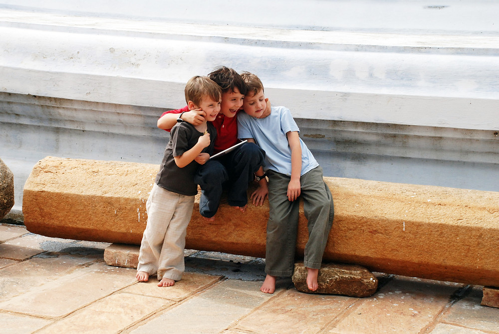 Kids with Leap and Hop Travel Books in Sri Lanka
