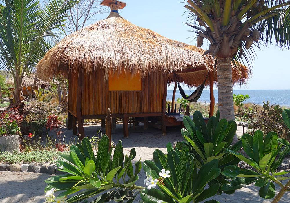 Beach front bungalow, Barrys Place