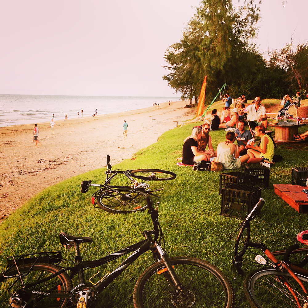 Family friendly Cafe de la Plage, Darwin with kids
